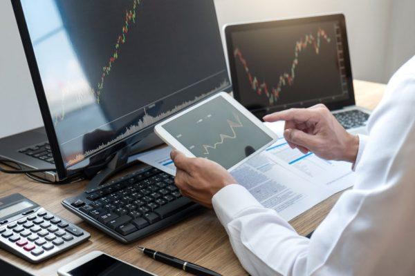 Bourse : Faut-il investir dans énergie ?